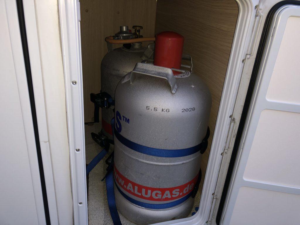 Alu Gasflaschen im Wohnmobil 1